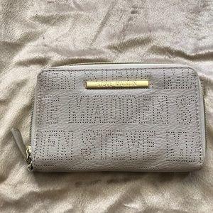 EUC Steve Madden wallet